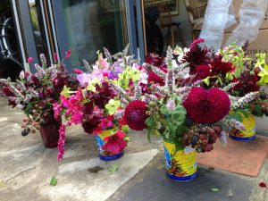Levant-table-flowers